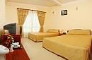 Khách sạn Đêm Vàng (Gold Night)